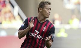 Keisuke Honda deixa o AC Milan no final da época
