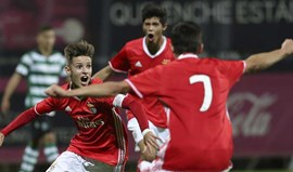 Benfica-Sporting, 3-1: Úmaro Embaló(u) águias até à liderança
