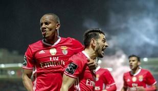 As melhores imagens do Feirense-Benfica