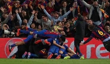 Loucura, lágrimas, invasões de campo: Eis o final de jogo frenético em Barcelona