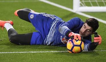 Chelsea pronto a pagar 230 mil euros semanais a Courtois
