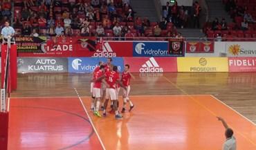 Benfica termina primeira fase com novo triunfo