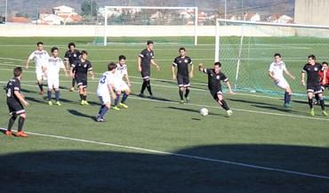 Um ponto separou o último apurado do 1.º lugar na jornada de apuramento do futebol de 11