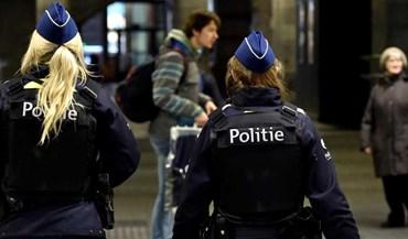 Condutor detido em Antuérpia após tentar atropelar peões em rua comercial