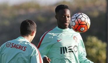 Carlos Mané prevê jogo intenso com a Alemanha no regresso a Estugarda