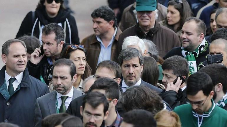 Bruno de Carvalho chegou a Alvalade na 'hora de ponta'