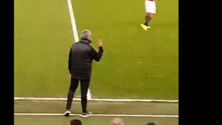 Adeptos do Chelsea insultaram Mourinho e o português respondeu assim