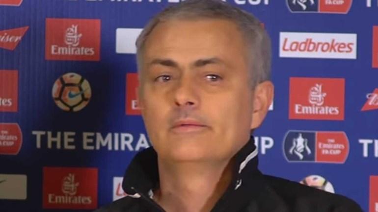 Chelsea não está na Europa? Mourinho arrasa quem ficou no seu lugar nos blues