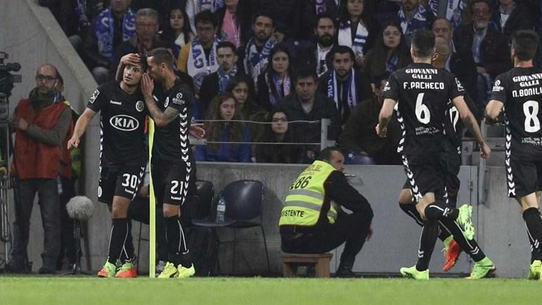 João Carvalho: O '10' da formação que 'segurou' a liderança para o Benfica