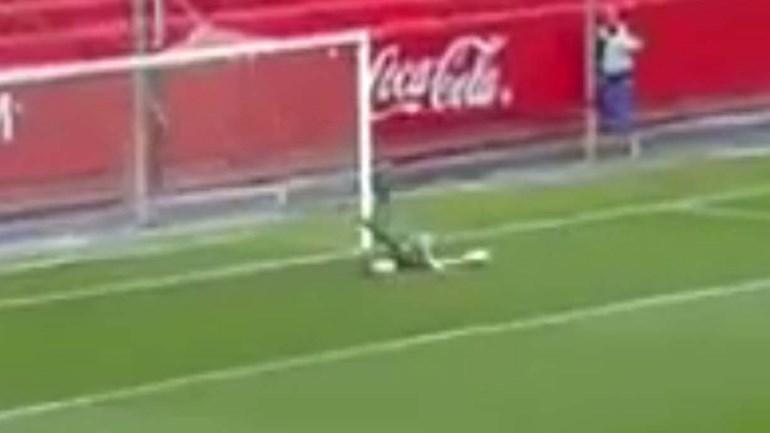 'Velho' conhecido do futebol português candidato ao pior auto-golo da época...