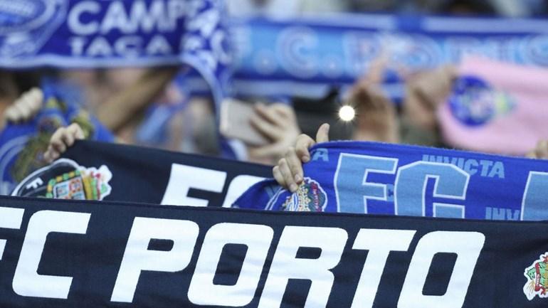 Benfica-Porto: Bilhetes a 200 euros para ver o clássico…de pé