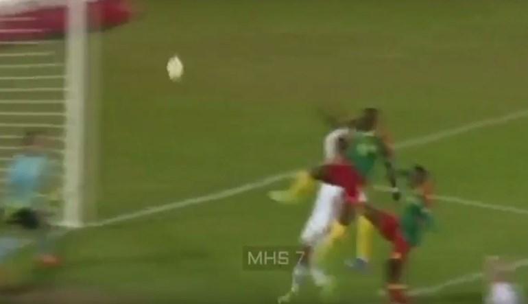 Aboubakar dá triunfo aos Camarões
