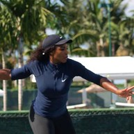 Serena Williams vai regressar aos courts em 2018