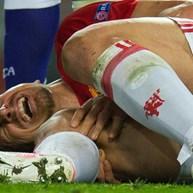 Lesão no joelho dita fim da carreira de Ibrahimovic