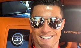 Preto e laranja são cores que ficam mesmo bem a Ronaldo