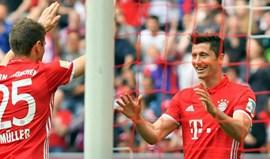 Bayern goleia (6-0) com hat trick de Lewandowski