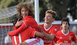 Benfica arranca fase de apuramento de campeão com goleada