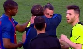 Foi detido o treinador da equipa que perdeu 12-0 com o Barcelona B
