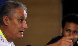 Dragões abordaram Tite... mas o brasileiro nem quis falar