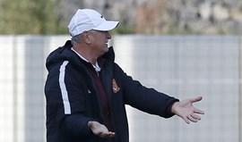 China: Scolari escapa a derrota com golo nos descontos