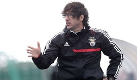 Benfica vence Académica e mantém-se no topo da classificação