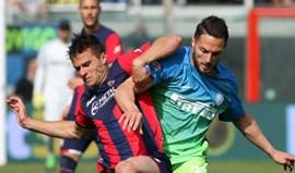 'Aflito' Crotone surpreende ao vencer o Inter