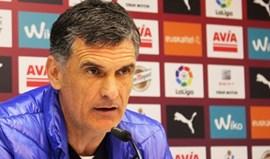 Mendilibar prolonga contrato com o Eibar