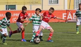 Damaiense Páscoa Cup: Muitos golos no arranque