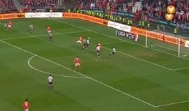 Benfica beneficiou do quarto auto-golo da época. Lembra-se dos outros três?