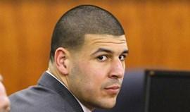 Aaron Hernandez considerado inocente de homicídio de dois cabo-verdianos