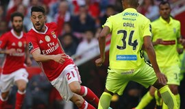 Pizzi 'picado' com Edgar Costa