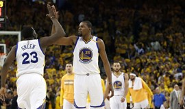 Warriors entram a ganhar nos playoffs da NBA
