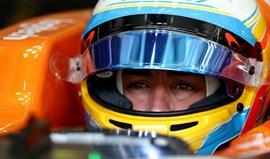 Fernando Alonso terá desistido para evitar a 'vergonha' de não pontuar no Bahrain