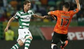 Adrien Silva elogia profissionalismo e a coragem de Isaiah Thomas