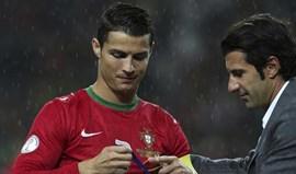 Figo convida Cristiano Ronaldo para jogo da sua Fundação