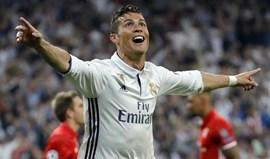 Maldito Cristiano Ronaldo e árbitro reinam na imprensa alemã
