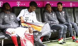 Muita animação no banco do Bayern Munique (menos para Renato Sanches...)