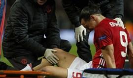 Manchester United confirma lesões graves de Ibrahimovic e Rojo
