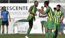 A crónica do Tondela-Nacional, 2-0: Uns em fuga outros a cair