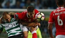 Benfica frente ao Sporting: Bomba sueca abre o caminho