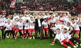 Grécia: Olympiacos é campeão... mas pode ter de esperar pela última ronda para festejar