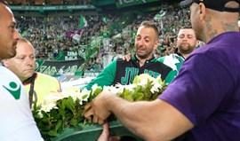 Juve Leo reage após coroa ser colocada no lixo: «Os assassinos em Portugal só têm uma cor»