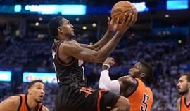 Rockets batem Thunder e apuram-se para as 'meias' da Conferência Oeste