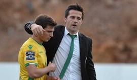 Cédric Soares: «Marco Silva vai conseguir manter o Hull na Premier»