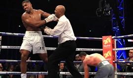 Boxe: Anthony Joshua supera Klitschko emcombate épico