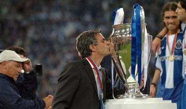 Assim celebra o FC Porto o Dia Internacional do Beijo...