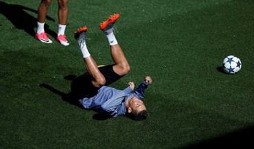 Sim, viu bem: é mesmo Ronaldo a fazer isto...