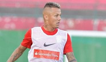 Patrick Vieira afasta interesse dos grandes