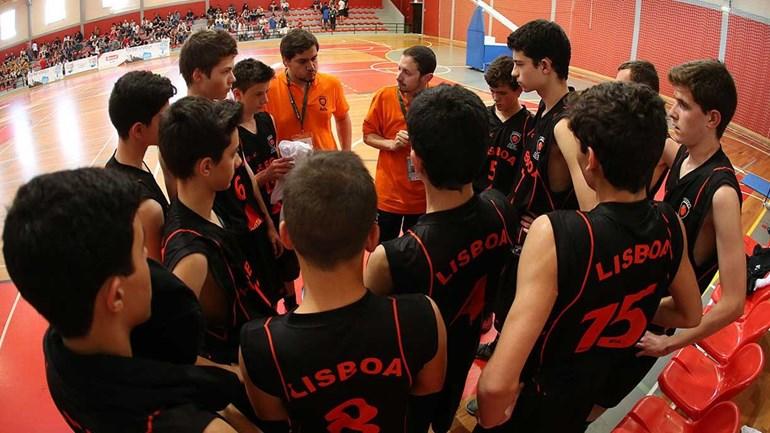 As melhores imagens do segundo dia da Festa do Basquetebol Juvenil