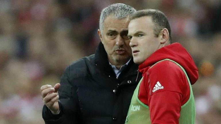 José Mourinho: «Rooney está prestes a regressar»